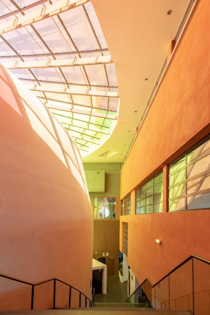 Photo de l'escalier principal du Théâtre La Piscine