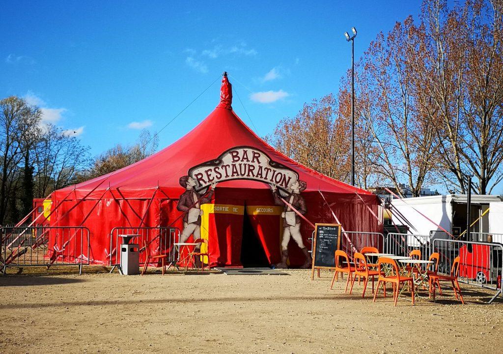 Chap'rond rouge de l'Espace cirque d'Antony