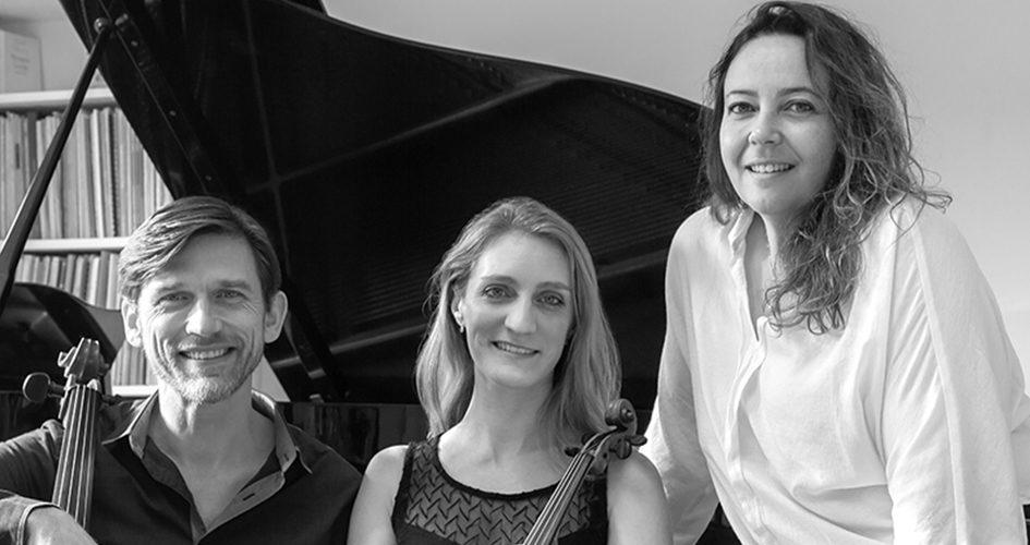 Trio Elana